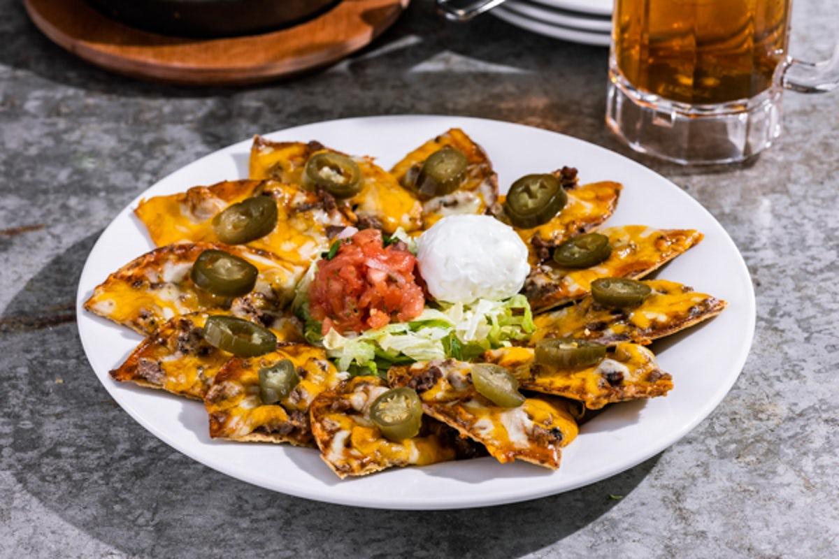 Classic Nachos with Beef