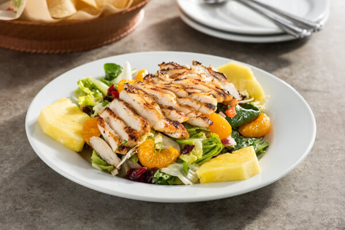 Caribbean Salad with Grilled Chicken
